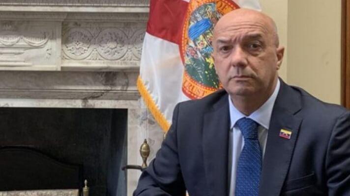 El excomisario Iván Simonovis, alertó acerca del objetivo de los operativos de los organismos de seguridad del Estado, en sectores como La Vega o la Cota 905. De arrancada aseguró que