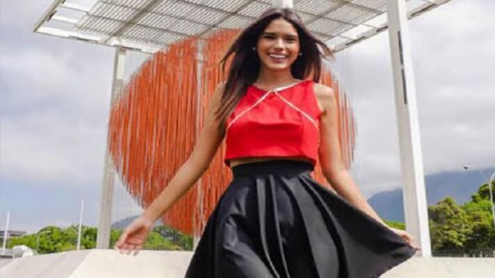 La animadora del programa La Bomba, de Televen, Adriana Peña anunció que tiene cáncer y que ya fue operada.