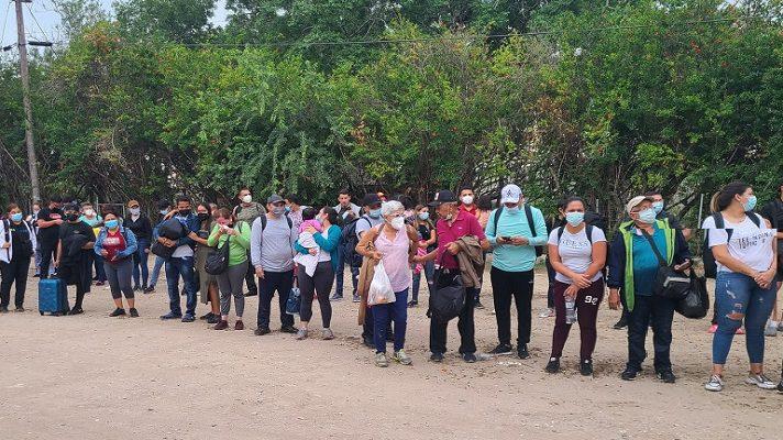 Una situación irregular ocurrió este miércoles con un grupo de venezolanos en Estados Unidos, a quien es expulsaron de ese país