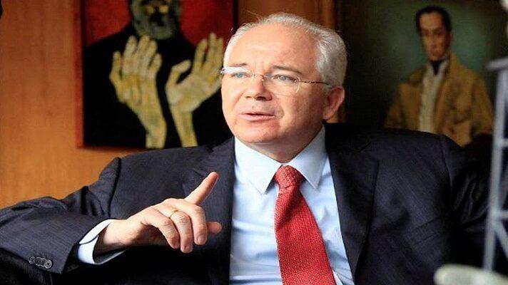La Fiscalía general de la Corte de Apelaciones de Roma aceptó este miércoles la solicitud de extradición de Rafael Ramírez, expresidente de Pdvsa. El también exministro de Petróleo de Hugo Chávez, se encuentra en Italia y en Venezuela tiene acusaciones por varios delitos de corrupción.