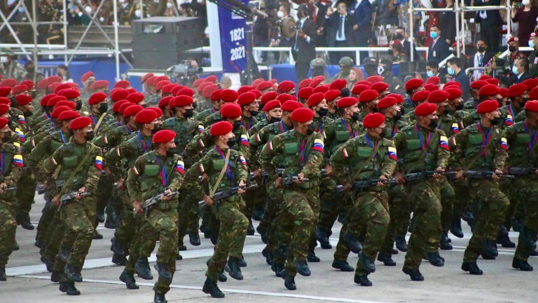 Desfile independencia 210 años Venezuela