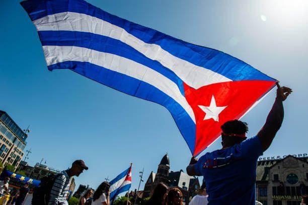 Bandera de cuba en Libertad