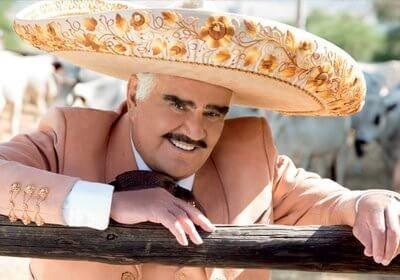 Vicente Fernández en el hospital por posible infección urinaria