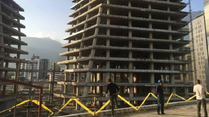 La Cámara Venezolana de la Construcción registra una caída de 99%. Esta es la mayor crisis que experimenta el sector en su historia, según el presidente de la CVC, Enrique Madureri.