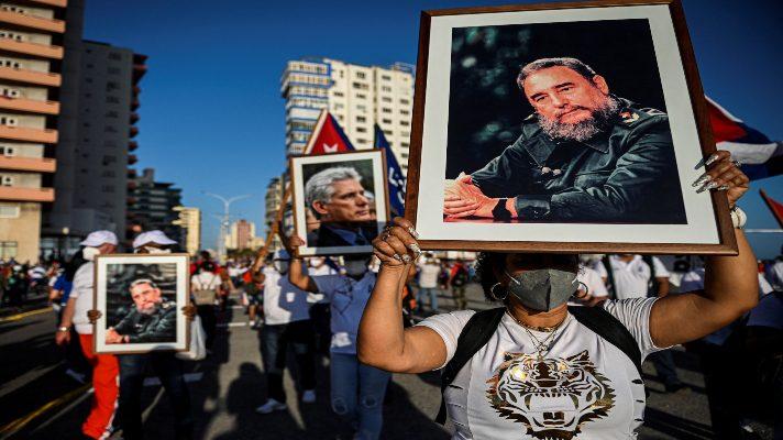 pa-lo-que-sea-canel-seis-dias-despues-de-las-protestas-el-gobierno-de-cuba-moviliza-a-sus-partidarios