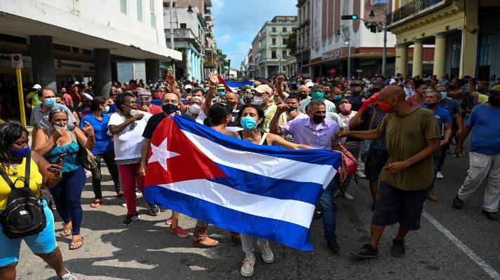 los-ojos-del-mundo-en-cuba-esto-exige-el-exilio-en-ee-uu-para-el-pueblo-cubano