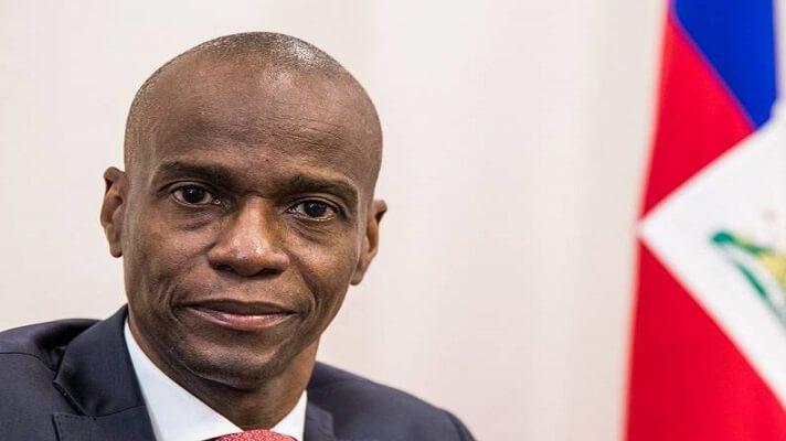 El presidente de Haití, Jovenel Moïse, recibió doce impactos de bala durante el ataque que acabó con su vida el miércoles. La información la dio aconocer el juez de paz encargado del informe forense.