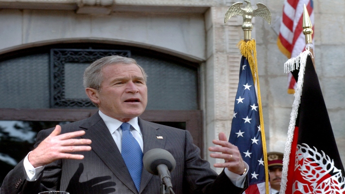 el-hombre-que-ordeno-la-invasion-esta-es-la-postura-de-george-bush-ante-la-crisis-en-afganistan