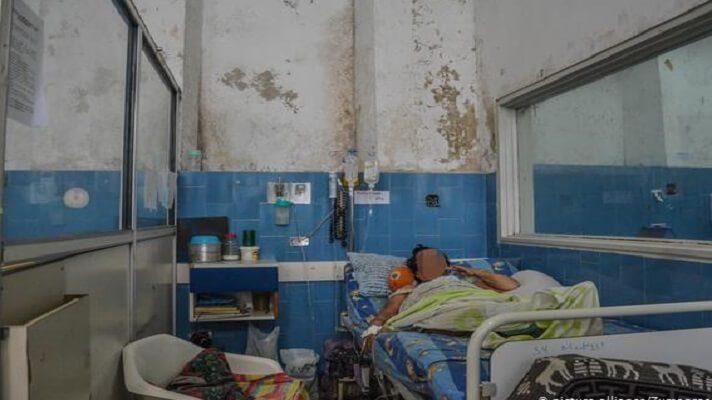 La crisis hospitalaria del país se debe incluir en la mesa de diálogo en México, entre Nicolás Maduro y la oposición. La petición la hizo el presidente de la Federación Médica Venezolana (FMV), Douglas León Natera.
