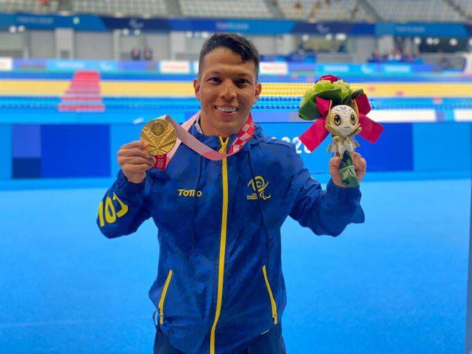 Nelson Crispín, oro paralímpico para Colombia en Natación