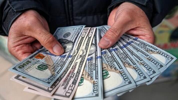 El Banco Central de Venezuela vuelve a usar la estrategia de inyectar divisas a la banca para frenar el alza del dólar. Esta vez, se trata de millones de euros, específicamente unos 20.000.000 mensuales.