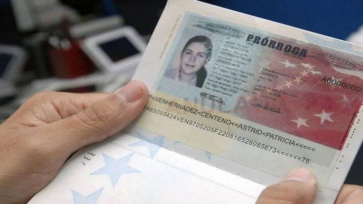 Enviados de Juan Guaidó en Colombia, alertaron acerca de una mafia que estaría expidiendo pasaportes y prórrogas de los mismos, falsificados, con lo cual perjudican a los venezolanos en ese país.