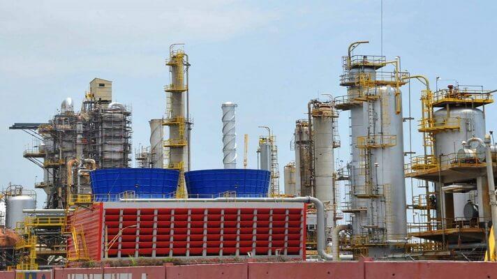 """El presidente de la Cámara Petrolera de Venezuela, Reinaldo Quintero, anunció """"la pronta"""" reactivación de la refinería de El Palito, en el estado Carabobo. Pero, por otro lado, dirigentes sindicales del sector niegan esa versión."""