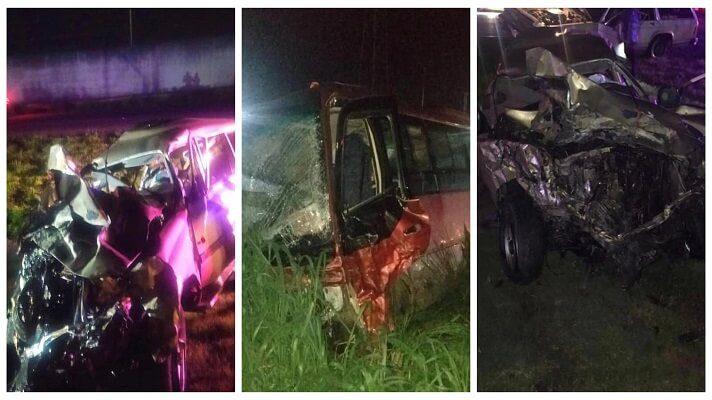 La noche de este viernes ocurrió un aparatoso accidente vial en la Autopista Regional del Centro, a la altura del peaje de Palo Negro, en el estado Aragua. En el choque múltiple habrían perecido tres personas, además de que se produjeron entre 12 y 30 heridos, según cifras extraoficiales.