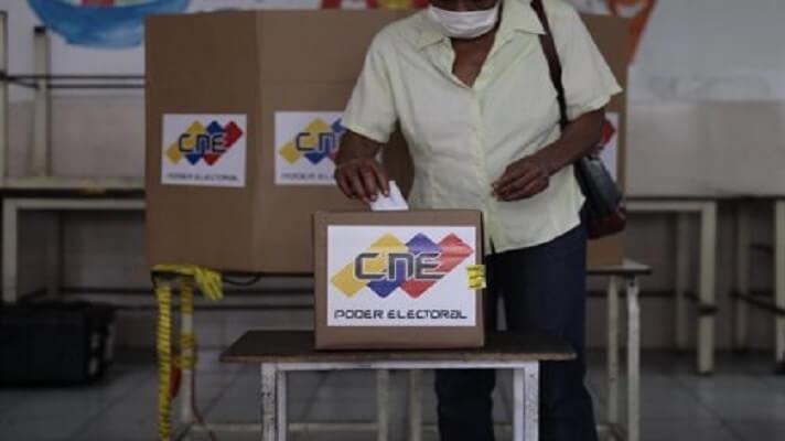 Según el mas reciente estudio de la firma encuestadora Delphos, 8 ocho de cada 10 venezolanos piensa que la oposición sí debe participar en los comicios de noviembre.