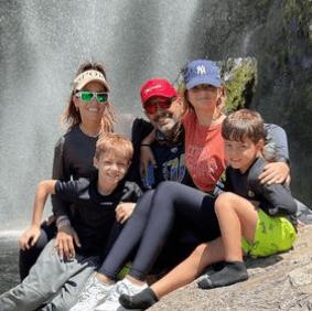 La familia estuvo con su hermana mayor, Oriana, de vacaciones. Foto Instagram