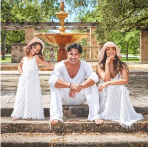 Juan Carlos García con su esposa e hija. Foto Instagram