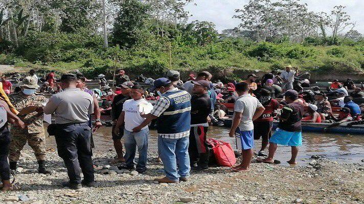 Ciudadanos venezolanos se encuentran entrelos migrantes que cruzan la peligrosa selva del Darién. La misma está ubicada entre el departamento colombiano de Chocó y Panamá y lo hacen para llegar a Estados Unidos.