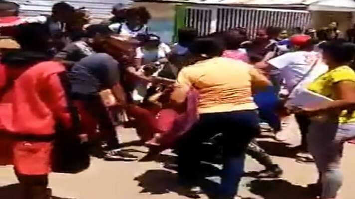 """Nicolás Maduro y Diosdado Cabello han tratado de disimular sus profundas diferencias en su lucha por el poder. Pero, las primarias del Psuv demostraron que los abrazos y las manifestaciones públicas de """"hermano, amigo"""", son apariencias."""