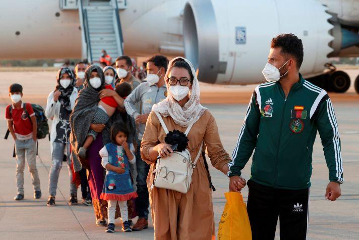 Funcionarios del gobierno de EE.UU de origen afgano llegaran a Colombia en calidad de refugiados
