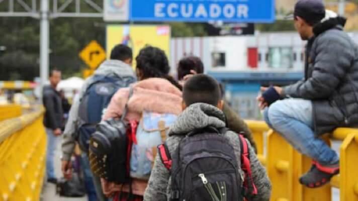 El presidente de Ecuador, Guillermo Lasso, afirmó que el plan que diseña su Gobierno para regularizar la situación de cerca de 450.000 venezolanos va más allá de una medida migratoria. Busca la incorporación de los extranjeros a la sociedad ecuatoriana mediante trabajo y educación.
