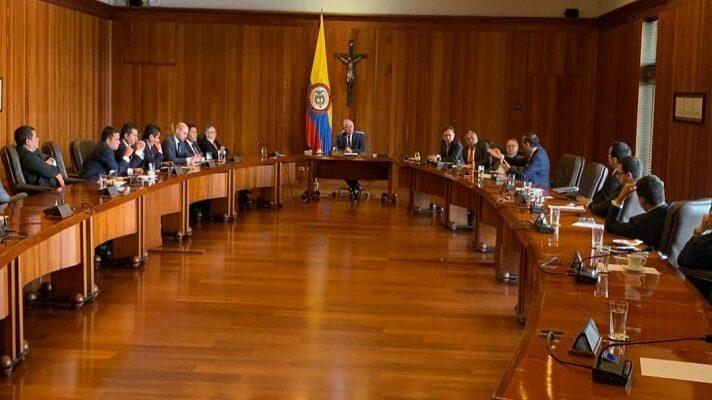 La Corte Constitucional de Colombia declaró este jueves inconstitucional la reforma que reglamentaba la cadena perpetua para los violadores de niños. La misma fue bien recibida por algunos sectores de la sociedad debido al constante número de casos denunciados.
