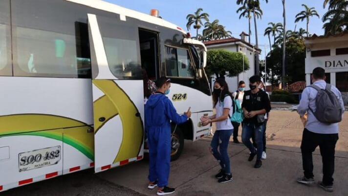Desde este lunes, la ilusión de cientos de estudiantes por regresar a clases se hizo realidad, tras el restablecimiento del corredor escolar para los niños y jóvenes que viven en Venezuela y se educan en Cúcuta, Colombia.