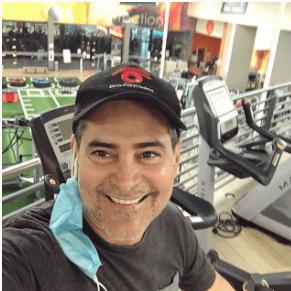 Carlos Montilla se da chance para cuidar su cuerpo. Foto Instagram