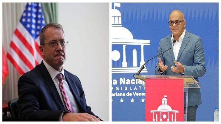 Al presidente de la Asamblea Nacional chavista, Jorge Rodríguez, le disgustó el anunico que hizo el embajador de EE.UU. para Venezuela, James Story. Este aseguró que Canadá y la Unión Europea evalúan