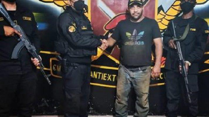 Dos secuestradores abatidos y un militar muerto fue el saldo de un operativo para rescatar a un productor agropecuario del estado Falcón. Los hechos ocurrieron en la Costa Oriental del Lago, en el estado Zulia.