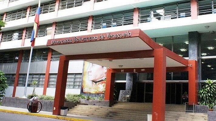 Los alrededores de la Universidad Bolivariana, en la avenida principal de Bello Monte, en Caracas, se han convertido en una verdadera guillotina.